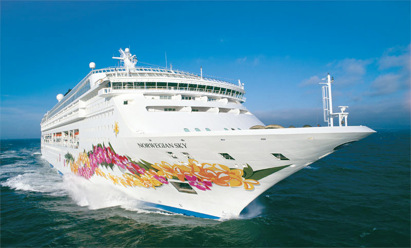 Norwegian Cruiseline - Norwegian Sky Ship
